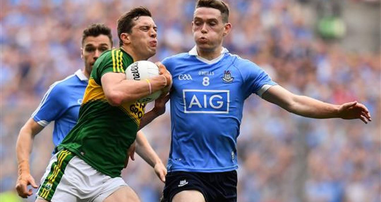 Senior footballers keep faith in same starting 15